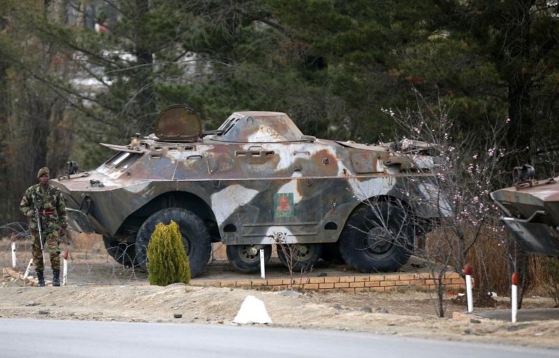 Les Forces de défense du Lesotho / Lesotho Defence Force 2064