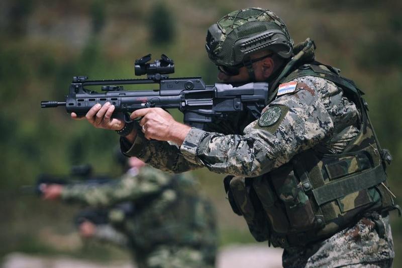 Forces Armées Croates /Croatian military /Oružane Snage Republike Hrvatske - Page 5 2276