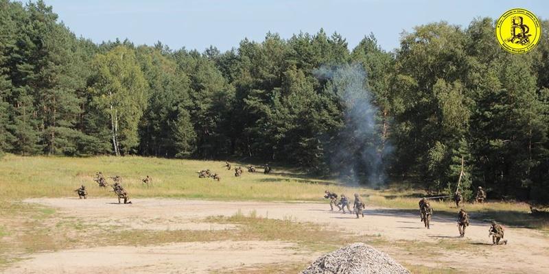 Armée Belge / Defensie van België / Belgian Army  - Page 12 2294