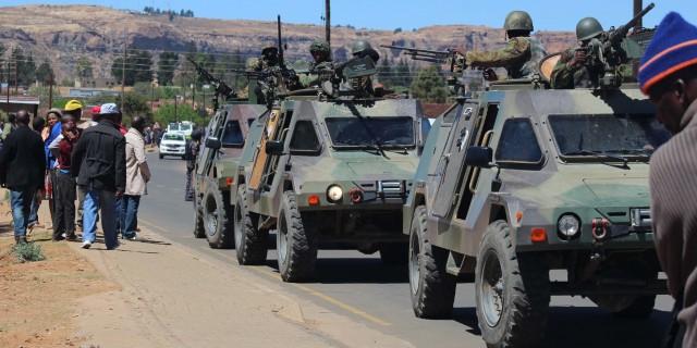 Les Forces de défense du Lesotho / Lesotho Defence Force 2298