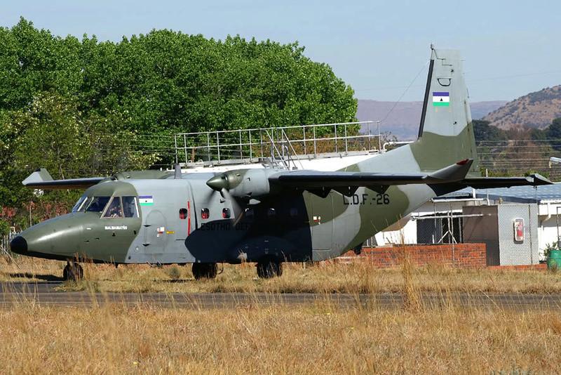 Les Forces de défense du Lesotho / Lesotho Defence Force 2471