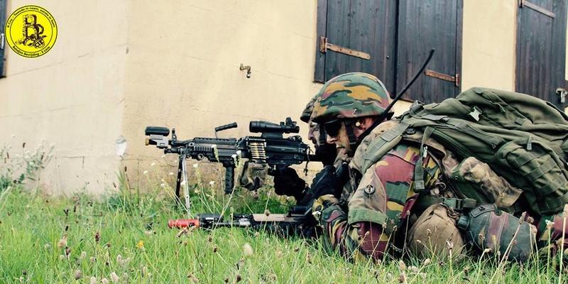 Armée Belge / Defensie van België / Belgian Army  - Page 12 2730
