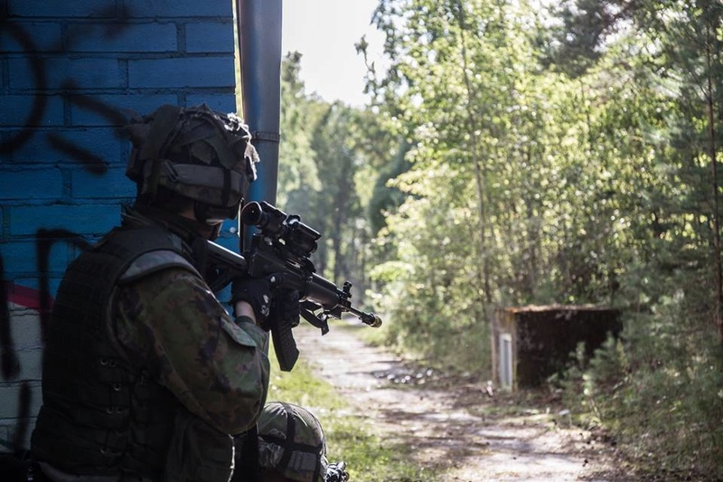 Armée Finlandaise / Finnish Defence Forces / puolustusvoimat - Page 8 2739