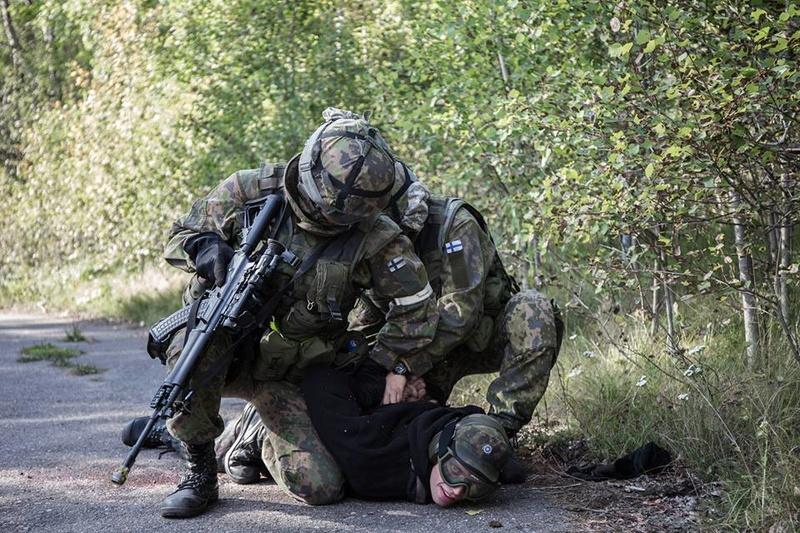 Armée Finlandaise / Finnish Defence Forces / puolustusvoimat - Page 8 2932