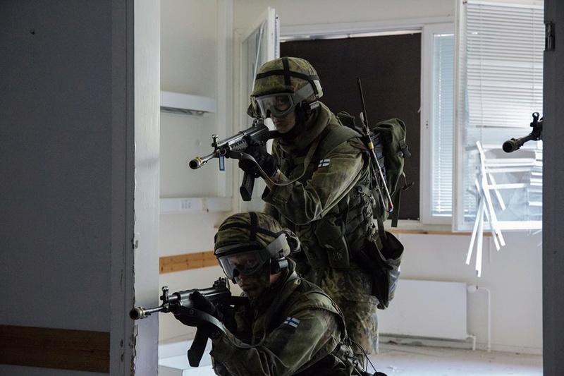 Armée Finlandaise / Finnish Defence Forces / puolustusvoimat - Page 8 3028