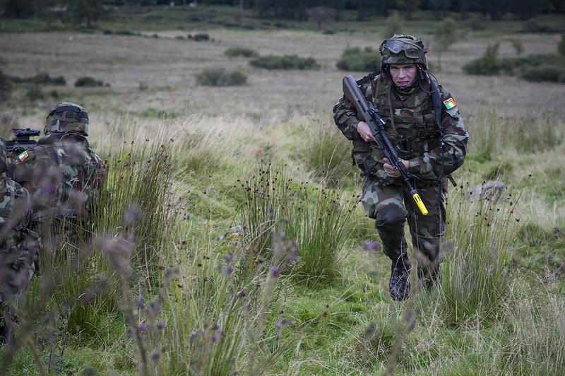 Armée Irlandaise/Irish Armed Forces - Page 3 3032