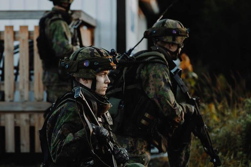 Armée Finlandaise / Finnish Defence Forces / puolustusvoimat - Page 8 3221