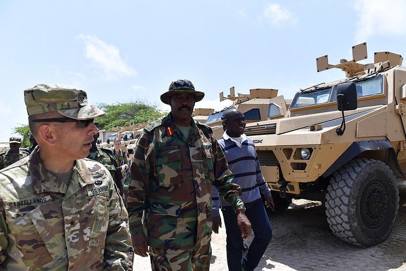 Armée Ougandaise/Uganda Peoples Defence Force (UPDF) - Page 5 636