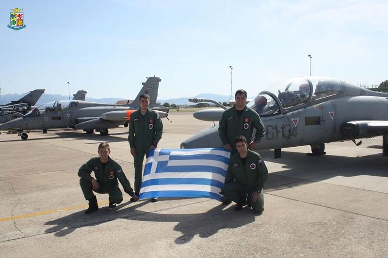 Forces armées grecques/Hellenic Armed Forces - Page 27 832