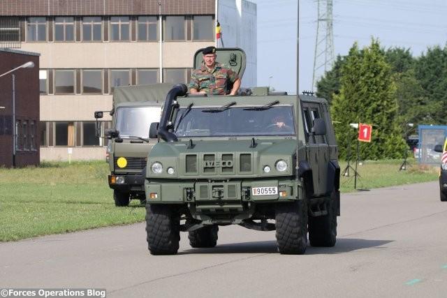 Armée Belge / Defensie van België / Belgian Army  - Page 11 846