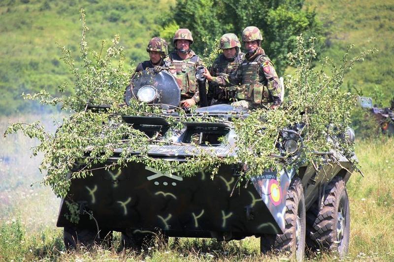 Armée Roumaine/Romanian Armed Forces/Forţele Armate Române - Page 10 98h30