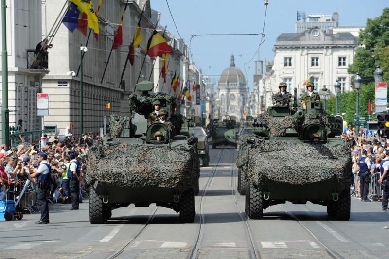 Armée Belge / Defensie van België / Belgian Army  - Page 11 99a49