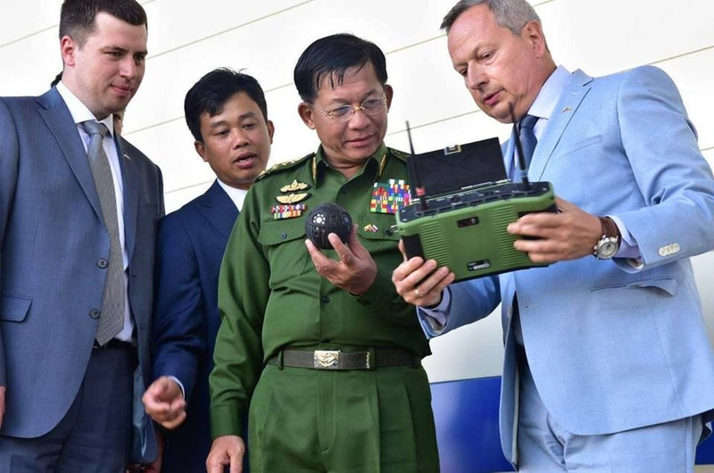 Forces armées birmanes/Myanmar Armed Forces/Tatmadaw - Page 4 99c12