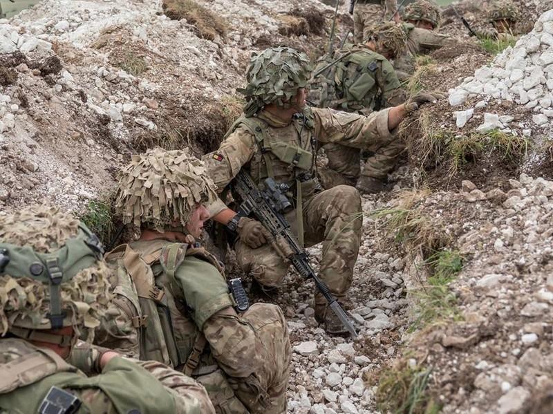 Armée Britannique/British Armed Forces - Page 6 99e28