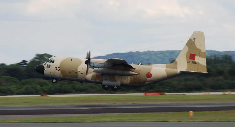 FRA: Photos d'avions de transport - Page 31 99f21
