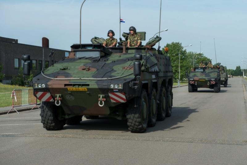 Armée Belge / Defensie van België / Belgian Army  - Page 11 99g34