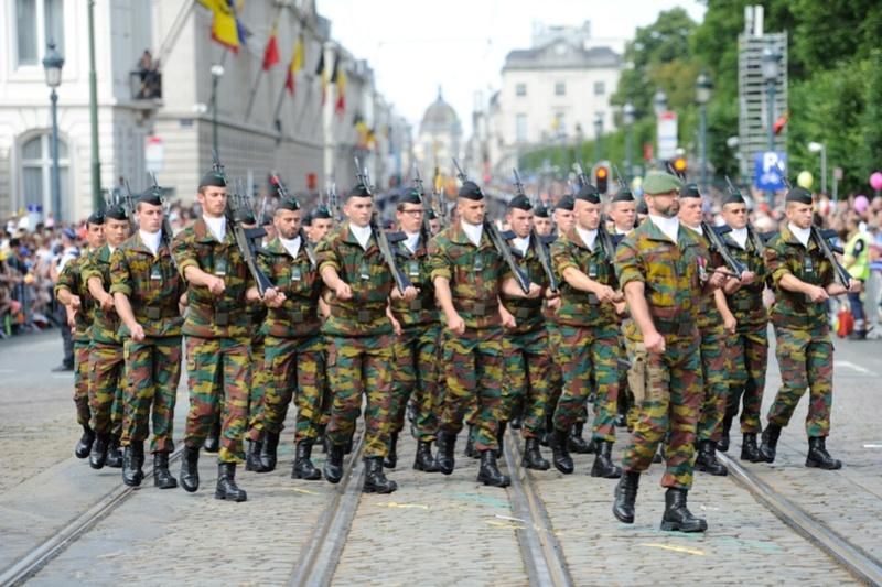 Armée Belge / Defensie van België / Belgian Army  - Page 11 99g38