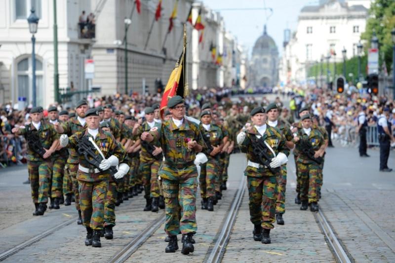 Armée Belge / Defensie van België / Belgian Army  - Page 11 99i36