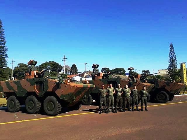 Armée Brésilienne/Brazilian Armed Forces/Forças Armadas Brasileiras - Page 32 99i38
