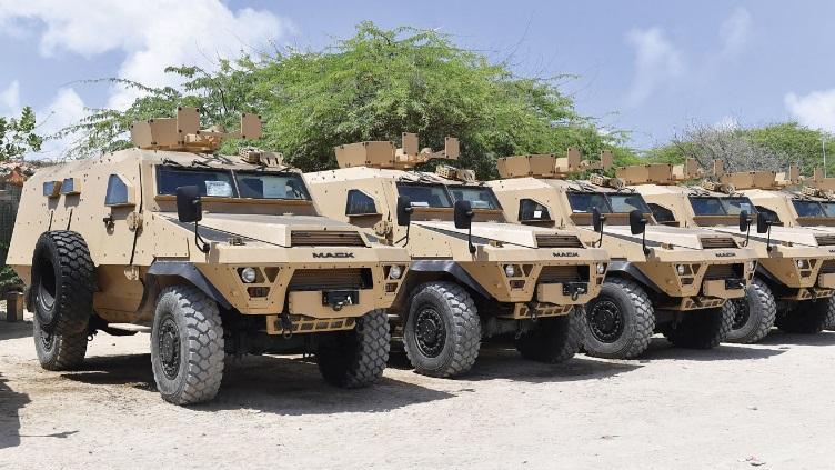 Armée Ougandaise/Uganda Peoples Defence Force (UPDF) - Page 5 Bastio10