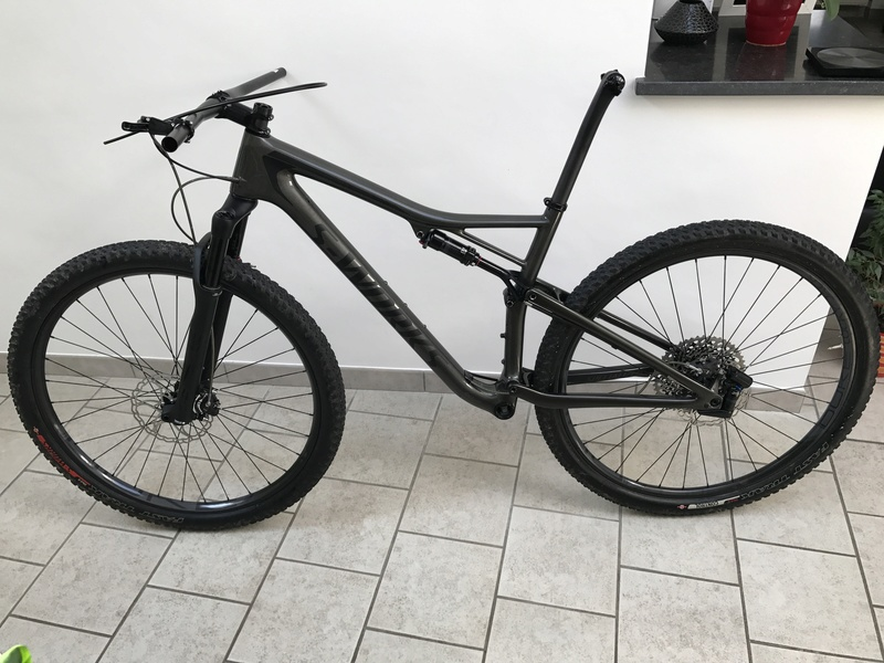 Specialized Epic S-Works 2018 - Page 2 00610