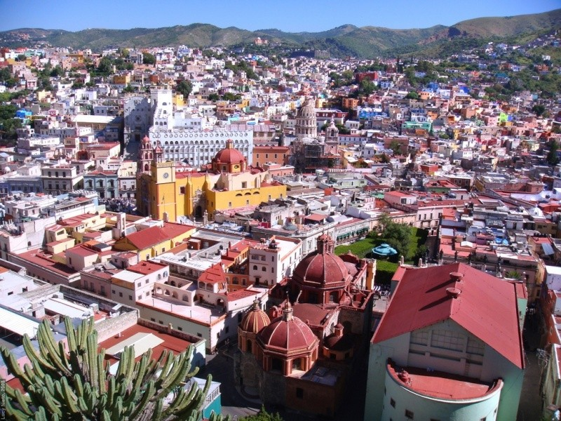Guanajuato Named One of the World's Colorful Cities 31693710
