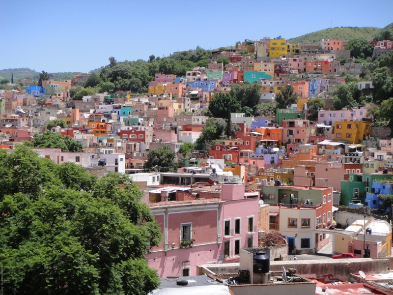 Guanajuato Named One of the World's Colorful Cities 42180610