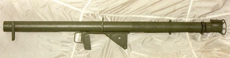 Le lance roquette U.S. M1 A1 de 2,36 pouces (60mm). Lfac_a17