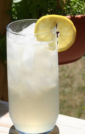 Lavender lemonade Lemona10