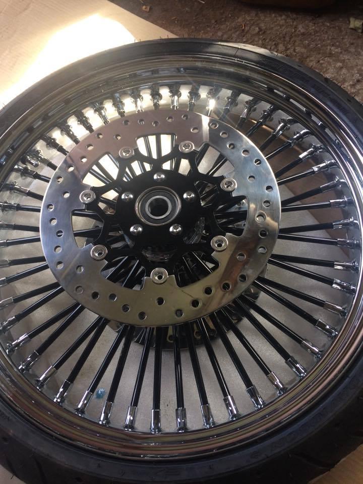 roue de 21 '' sur road king - Page 4 20731011