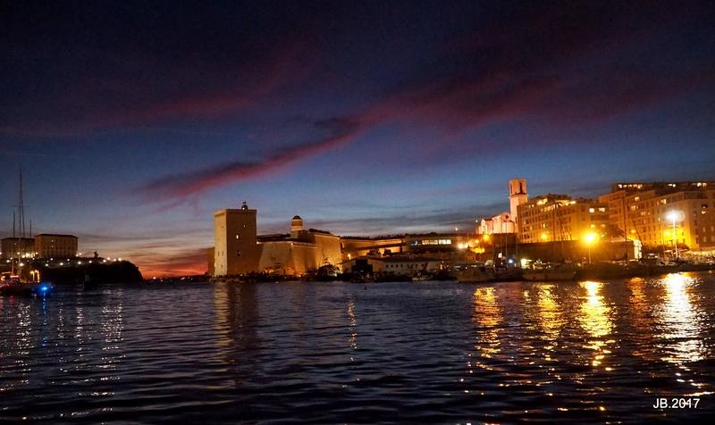 Vieux Port, Marseille, feu d'artifice .. P7151514