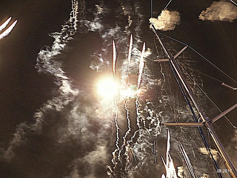 Vieux Port, Marseille, feu d'artifice .. P7151612