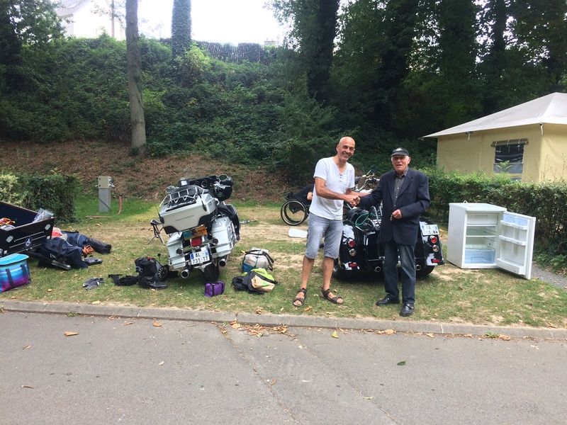 Humour en image du Forum Passion-Harley  ... - Page 38 Img_1446