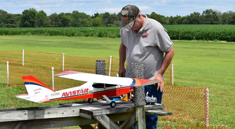 Celebrating National Model Airplane Day with the Marion Sky Squires and the Breezy Hill Flyers 0_0110
