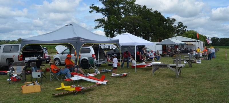 Celebrating National Model Airplane Day with the Marion Sky Squires and the Breezy Hill Flyers 2_115