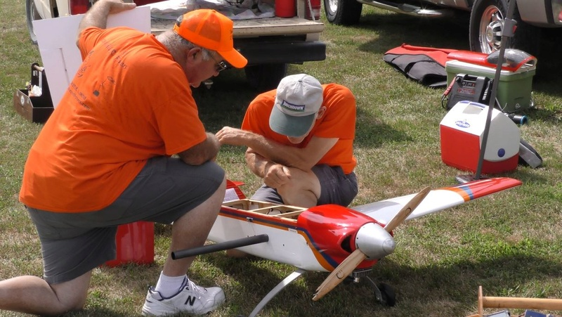 Celebrating National Model Airplane Day with the Marion Sky Squires and the Breezy Hill Flyers 2_2410