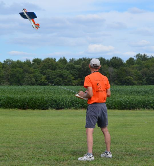 Celebrating National Model Airplane Day with the Marion Sky Squires and the Breezy Hill Flyers 2_710