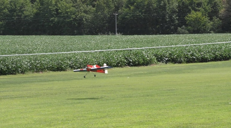 Celebrating National Model Airplane Day with the Marion Sky Squires and the Breezy Hill Flyers 6_510