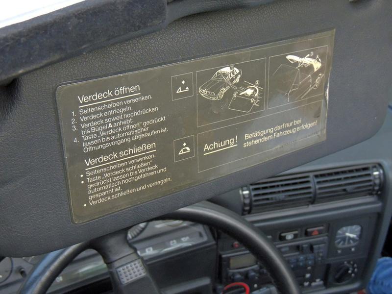 Etiquette rodage sur pare-brise Dscn1610
