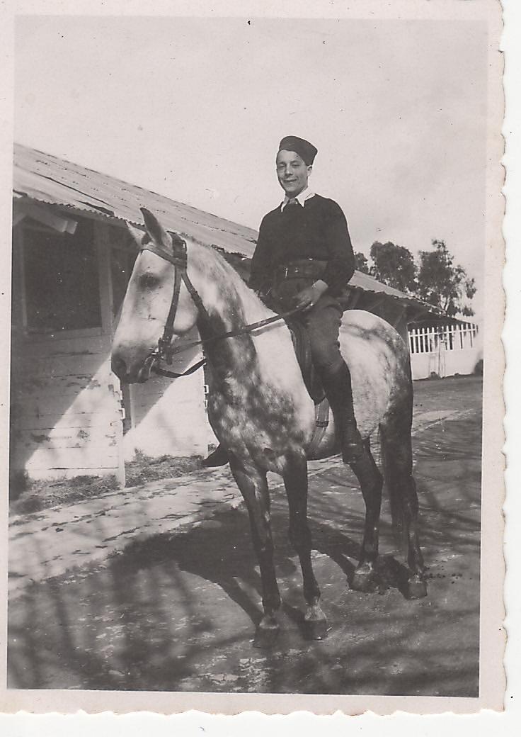 Historique du 1er Zouaves en 1939-1940 - Page 5 Henri_11
