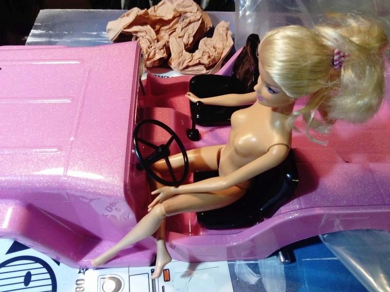 La Jeep de Barbie ! Dsc_0428