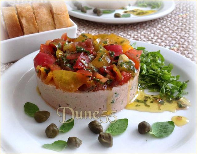 Mousse de thon et son concassé de tomates Ga4qg811