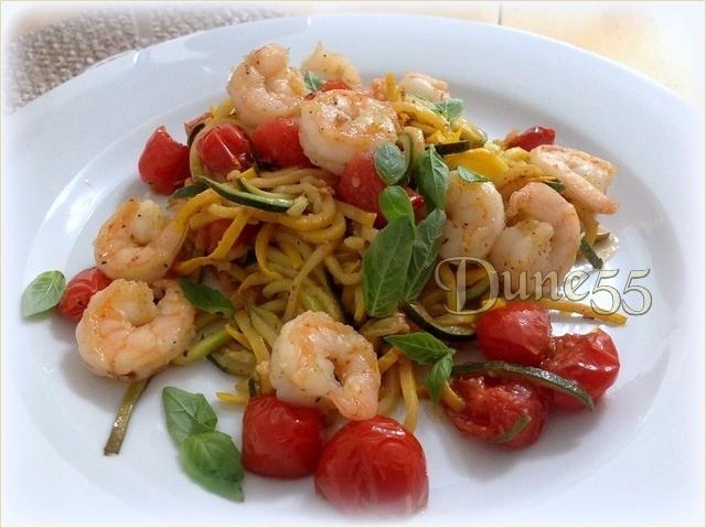 Spaghettis de courgette aux crevettes et à l'ail Pjizv110