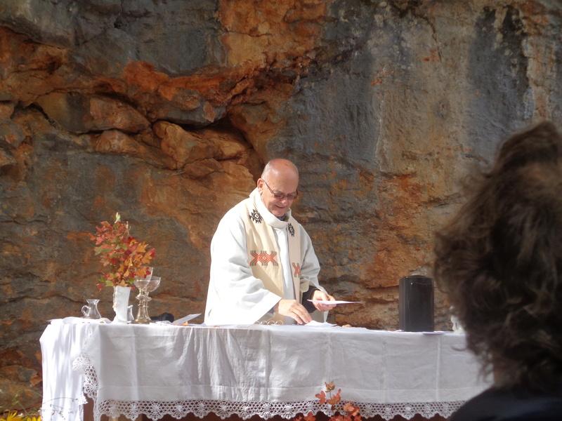 Ce dimanche 1 er octobre nous pélerinions avec Sainte Enimie.  Dsc01715