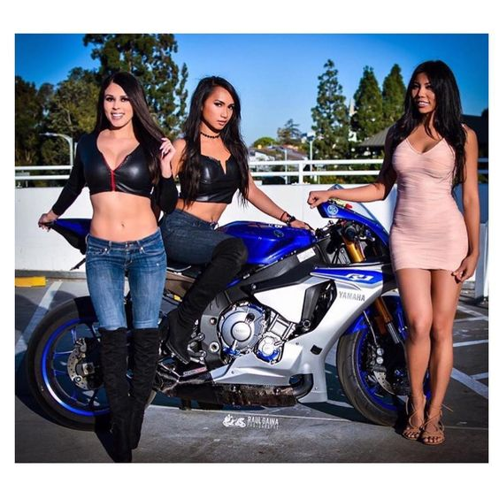 BIKES and GIRLS (sujet unique) 09671110