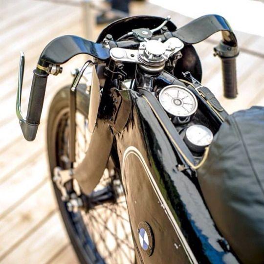 PHOTOS - BMW - Bobber, Cafe Racer et autres... - Page 13 4826ab10