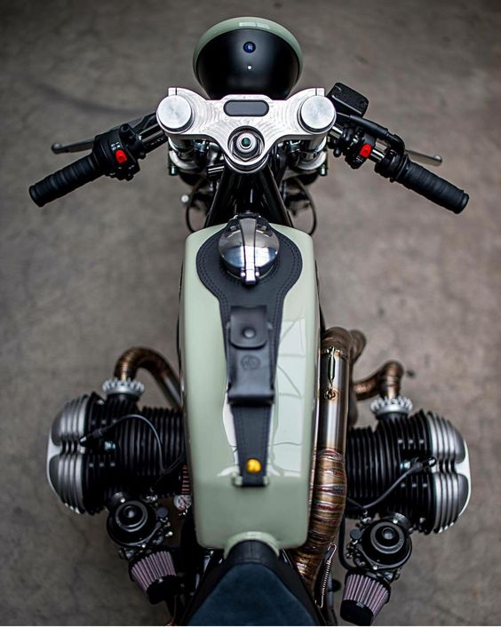 PHOTOS - BMW - Bobber, Cafe Racer et autres... - Page 13 91fb4710