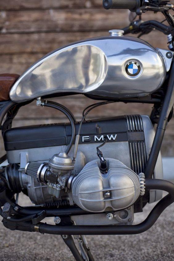 PHOTOS - BMW - Bobber, Cafe Racer et autres... - Page 13 E04a6110