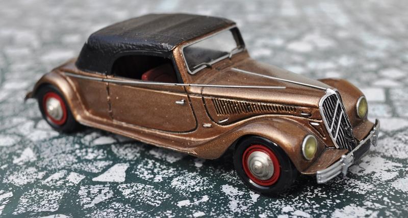 Citroën - Les Traction-Avant Citroën suisses Langenthal 1949 - 1953  Dsc_0048