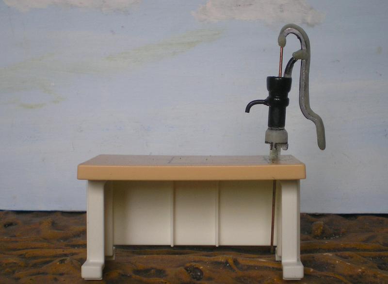 Ranch Ponderosa mit Plastik-Möbeln in der Figurengröße 9 cm 024d4c10